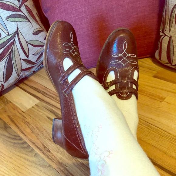 9094c3433572e Vintage Kinney 60s 70s Mary Jane Shoes - 7 1/2